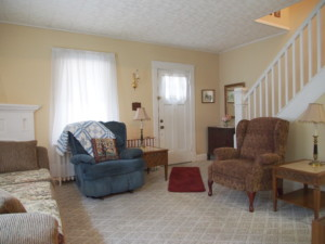 3107 Royston Living Room